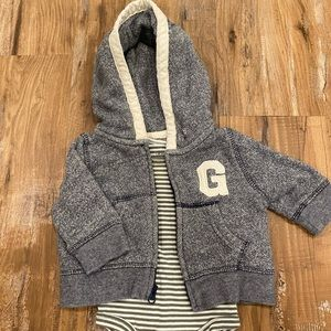 Gap 0-3 Sweatshirt and Onesie